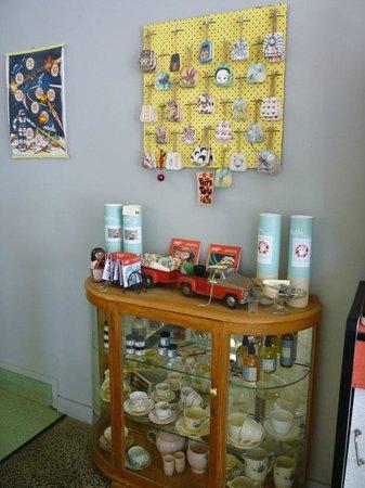 MiHi  Cafe: display