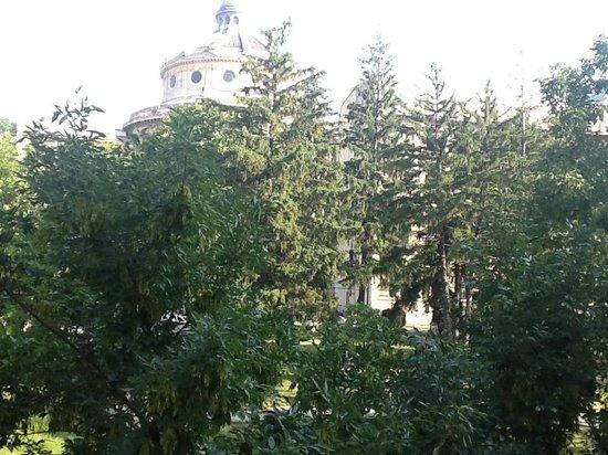 Prince Residence : view