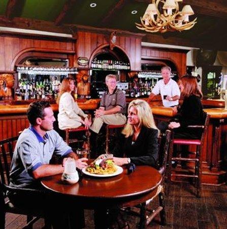 Jackalope's Bar & Grill at Tenaya Lodge: Jackalope's Bar and Grill