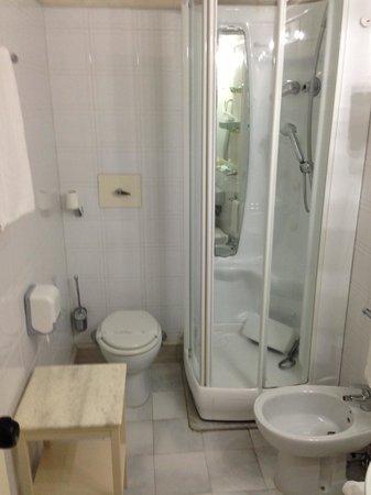 Grand Hotel De La Ville: il bagno