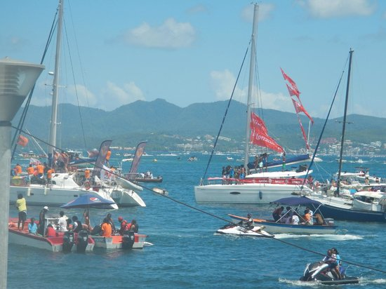 St. Lucian Wave Riders : sail race