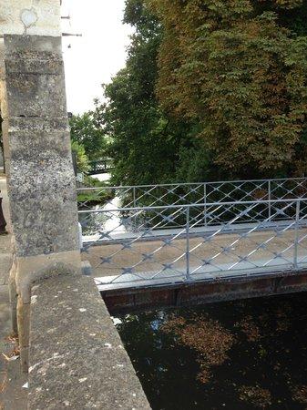 Hotel Particulier La Chamoiserie: Niortaise River