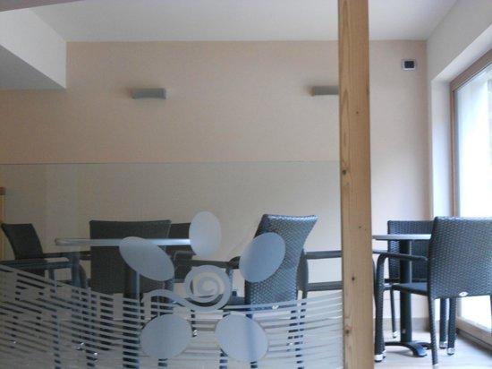 Hotel Cristallo: Piscina - zona relax