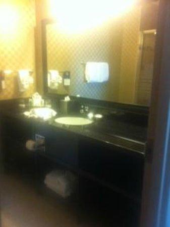 """BEST WESTERN Sunrise Inn & Suites : """"en suite"""""""