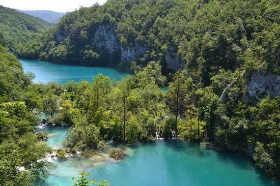 Turist Grabovac : a view of the Plitvice Lakes
