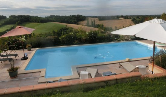 Le Fraysse : Pool with a view