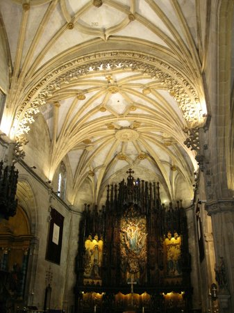 Basílica de Santa María: Interior Basilica Santa Maria