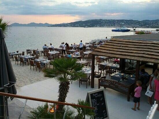 sunset picture of plage le ruban bleu juan les pins tripadvisor. Black Bedroom Furniture Sets. Home Design Ideas