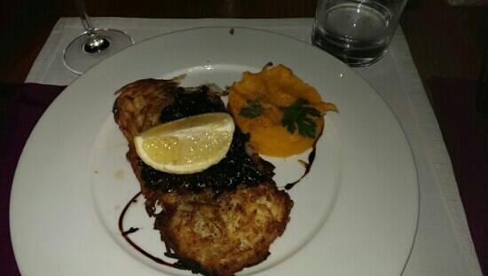 Restaurant Noir : Cod in onion crust