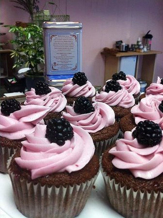 Mix Cupcakerie & Kitchen