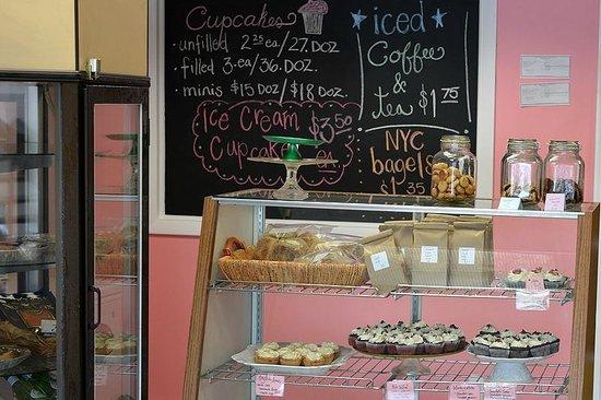Mix Cupcakerie & Kitchen: The Shop