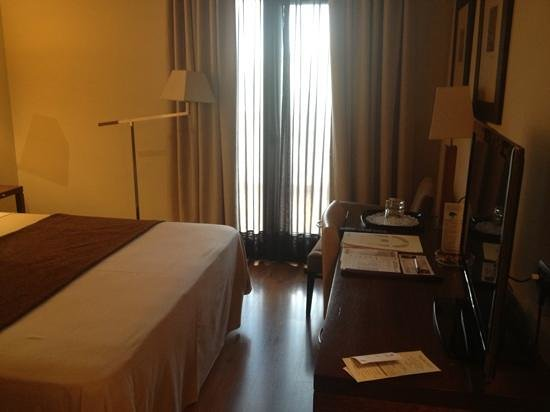 Hotel & Spa Balfagon: habitacion exterior