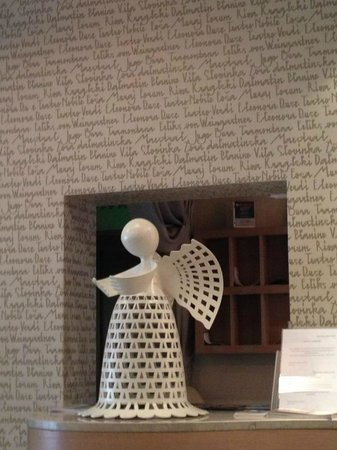 Art Hotel Kalelarga: Reception desk