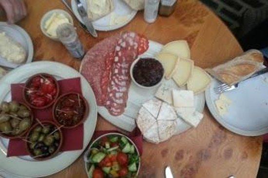 Winchelsea Farm Kitchen: Mixed Platter