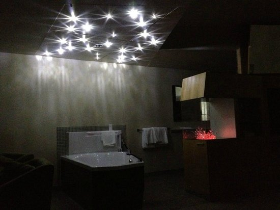 Sparkling Hill Resort: Beautiful in the night