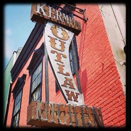 Kermit S Outlaw Kitchen Tupelo Ms