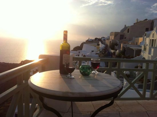Fanari Villas: Wine with Sunset