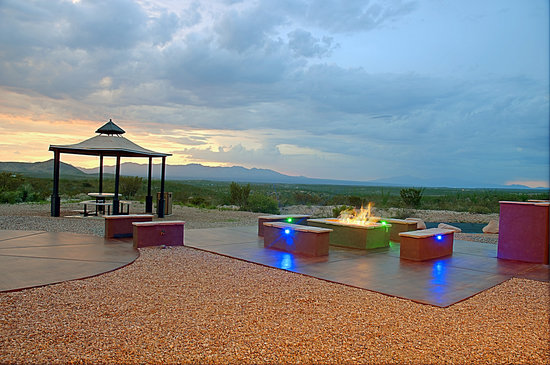 The Tombstone Grand Hotel: Exterior- Fire Pit