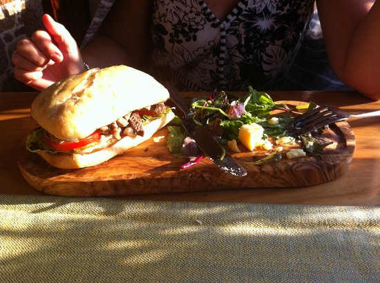 The Old Portelet Inn: Chargrilled 'Harmony Farm' minute steak served in a warm ciabatta