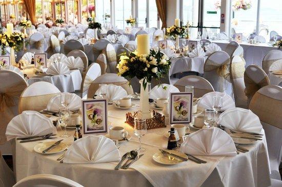 Duck Bay Hotel & Marina: Lomond room set up