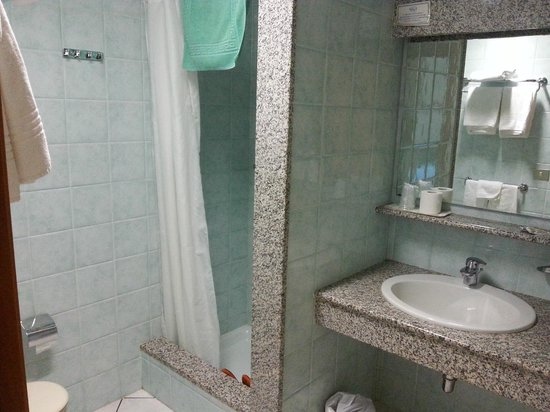 Residence Marina Palace: bathroom1