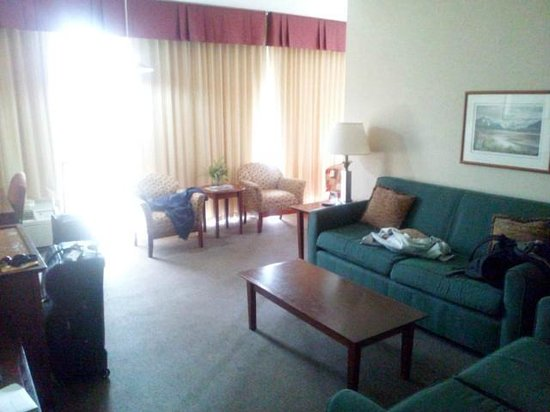 Westmark Anchorage: Living room area
