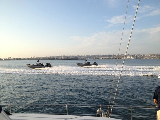 Speed Boat Adventures : Navy SEALS. Their boats are faster!
