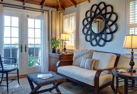 Port d'Hiver: Walter's  Suite Sitting Room