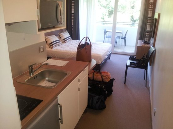 Forme-hotel Montpellier Sud-Est - Parc Expositions - Arena: kitchnette