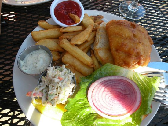 Latitude 43 : Beer Battered Fish Sandwich.  Very fresh!