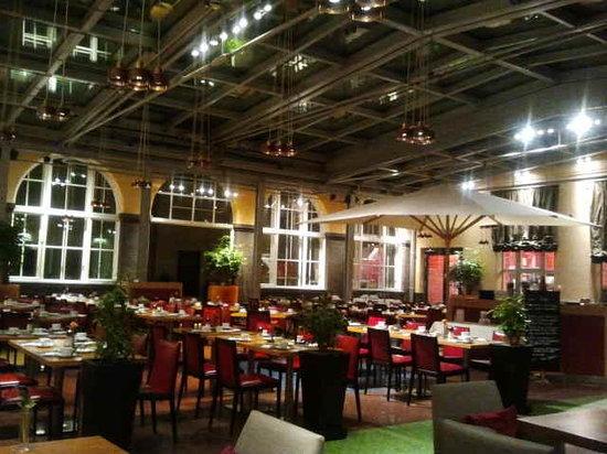 Mövenpick Hotel Berlin: Restaurant Mövenpick