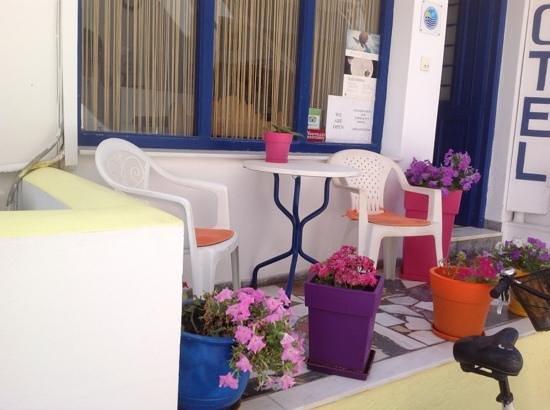 Hotel Margarita: petite terrasse