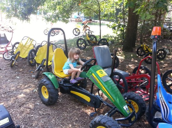Smokey Hollow Campground: Bikes and Pedal Carts