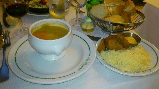 Les Mouettes : soupe de poissons :)