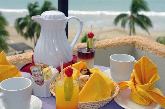 Hotel Fontan Ixtapa: Breakfast