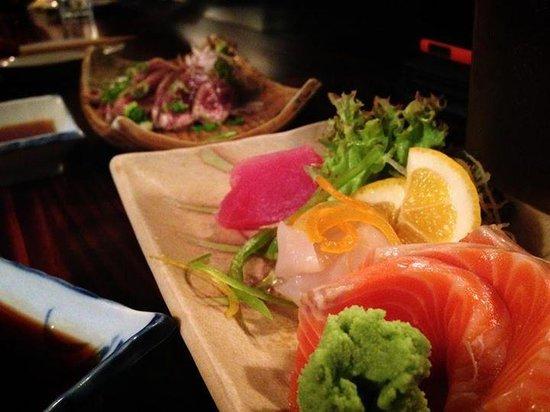 Yakitori Daruma Japanese Sake Bar: Mixed Sushimi Plate