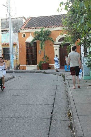 Casa Marta Cartagena: walking around getsemani, 2 minutes away from Casa Marta
