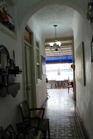 Casa Marta Cartagena: hallway area outside our door