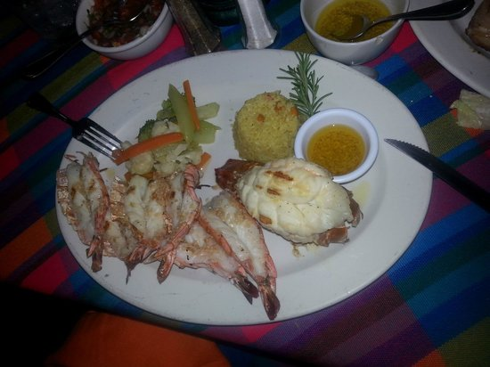 Pancho's Restaurant & Tequila Bar: Lobster and Grilled Shrimp Special!