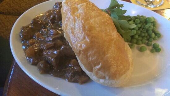 Dyke Neuk: Steak pie