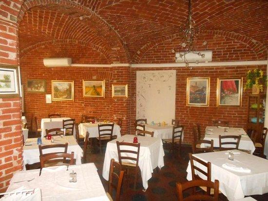 La Bella Italia: l'interno del ristorante
