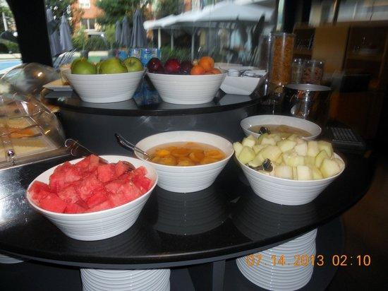 Astari Hotel : desayuno