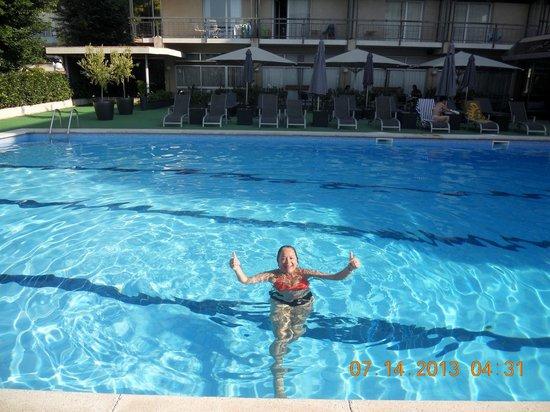 Astari Hotel : pileta