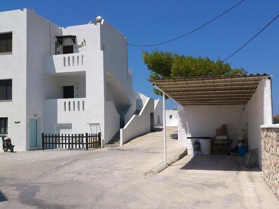 Santa Maria Village: Η είσοδος του ξενοδοχείου