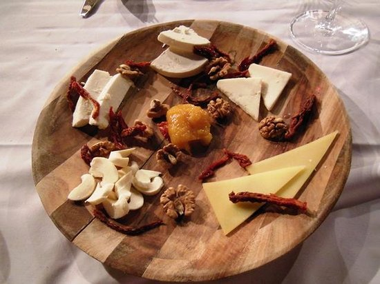 Seki Restaurant: cheese plate