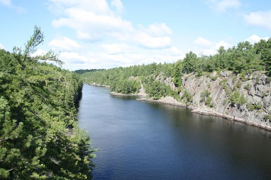 French River Provincial Park: French River