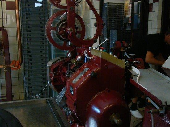 Karamel Kompagniet A/S: Maszyna do wyrobu słodyczy