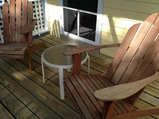 Harbor House Inn: Our deck ...