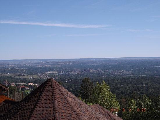 Super 8 Cheyenne: great view