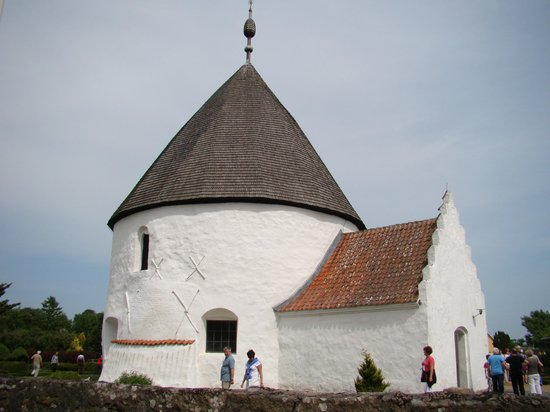 Nylars Kirke: Widok ogólny